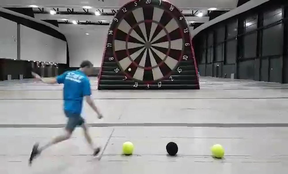 Das Nachste Grosse Ding Fussball Darts Falsche Neun